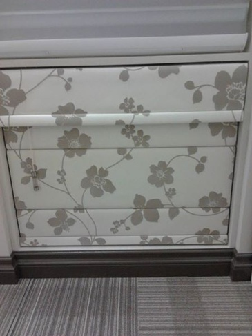 Classic Roman Shades - Window Coverings Windsor by Modern Window Fashion